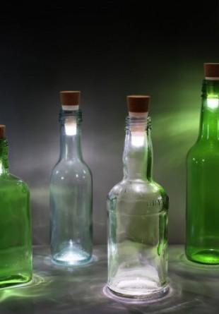 Un dop care transformă orice sticlă într-o veioză? Avem.