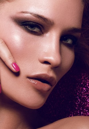 Ce make-up te face gata de party?