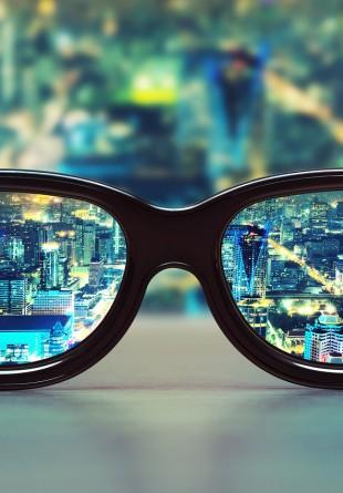Ochelari de vedetă la prețuri studențești
