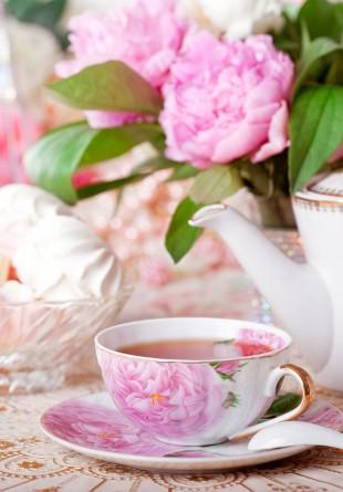 E timpul pentru petreceri cu ceai