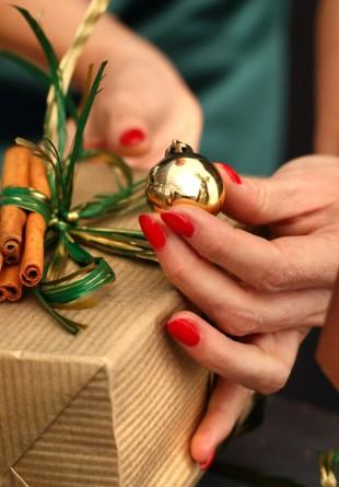 3 feluri în care poți împacheta un cadou