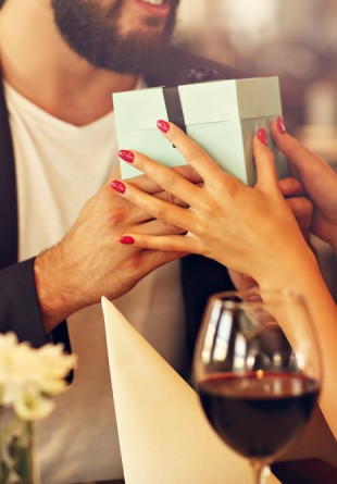 6 idei de cadouri cu adevărat romantice