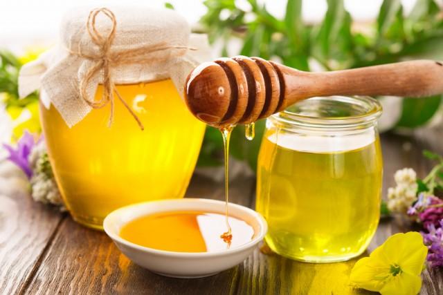 Mierea, răsfăț regal pentru piele