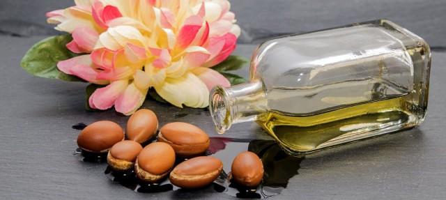10 motive să incluzi uleiul de argan în ritualul tău de frumusețe
