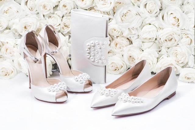 Pantofi perfecți pentru mirese fericite!