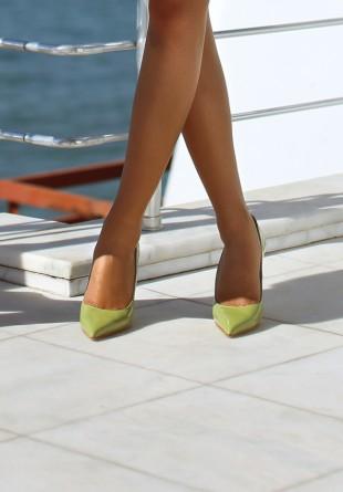 7 trend-uri de încălțăminte cu care să te distrezi vara aceasta