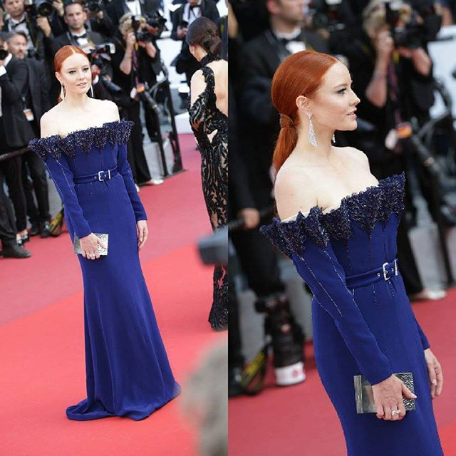 Another stunning dress on the red carpet: @barbarameier @festivaldecannes 2017 #CannesLifestyle #PromenadaRo  #Cannes2017 #exclusivephoto #cannes #cannesfilmfestival #fashionpost #instastyle #fblogger #lookbook #fashionlover #lookoftheday #fashionable#fashionblog #fashionstyle #fashiongram #ig_bucharest #ig_romania