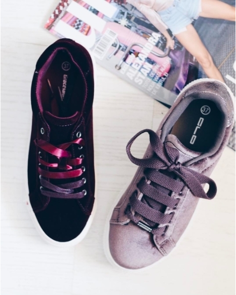 It's back to school season! What's your favorite model?@deichmann_ro #sneakers fit #back to school #fashion #stradivarius #womenfashion #sexy #trending #fit #clothes #fashionaddict #fashionlover #clothestagram #outfitoftheday #shoppingonline #mall #promenadamall #createdwithlove #wearITtoWalk #shopinstagram #createdwithlove #texture #instafashion #deichmannromania #shoesoftheday #deichmann #shoeslover #shoeshop #shoestagram #shoeaddict #incaltaminte