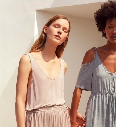 Versatile items that add a special touch to your #homewear basics. Find them at #Oysho #Promenada @oysho #FW17 #latesttrends #fashionvibes #fashionista #lingerie #fashiondesigns #fashionpost #models #fashionart #womenfashion #mall #promenadamall #bucharestfashion #instafashion #shopping #summer #comfyclothes #sale #fashionlover #instadaily #picofday #girly #cool #feminine #modeling #cooldesign #pajamas