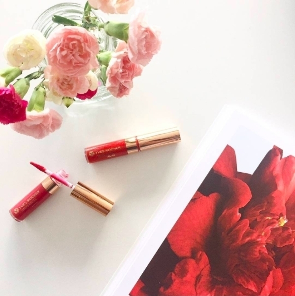 Be just like a rose! Have you tried the new liquid lipstick?@yvesrocherfr #YvesRocher #MakeUp #RAL #Woweffect #makeupartist #cosmetics #red #liquidlipstick #glam #shopping #gift #products #amazing #wow #girly #glossy #fashionista #latesttrends #getyours #promenadamall #sexy #plumplips #amazinglips #lipstick #bestlipstick #rose #yvesrocherpromenada