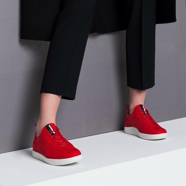 Shop  80's favourite pair of reds @eccoshoes #ECCOsoft #Comfortshoes #RedSneakers #eccoshoes #ecco #shoes #leathershoes #ladiesshoes #80slook #danishDesign #retrostyle #partofmyworld #redshoes #fashionista #womensfashion #trends #newcollection #eccopromenada #mall #promenadamall #shopping #autumn #backtoschool