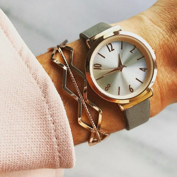 The golden watch is a lady's weapon @bijoubrigitte. #bijoubrigitte #weloveaccessories #accessoires #jewellery #whatch #bangle #bracelet #rosegold #grey #favorite #fashion #welove #beauty #marble #inlove #glamour #musthave #fashionista #brigittebijoupromenada #promenadamall #gift #elegant #lovely #getyours #luxury #jewellry